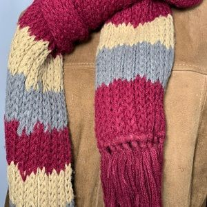 Vintage Hand Knitted Scarf with Fringe Burgundy